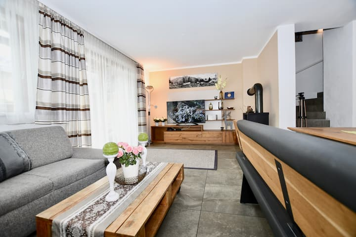 Holiday House Kitzview by Z-K-H Rentals