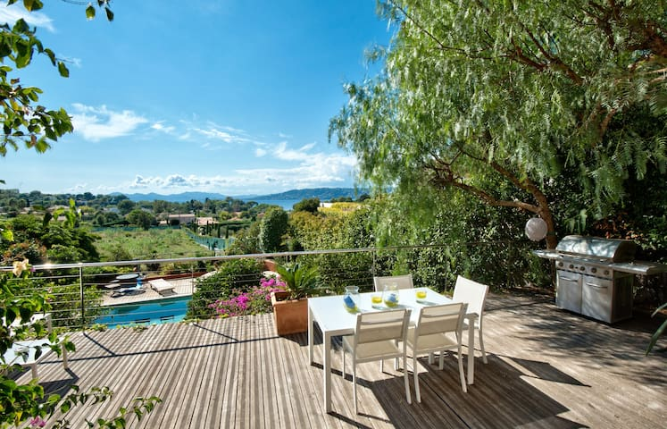 Luxury retreat in Cap d'Antibes