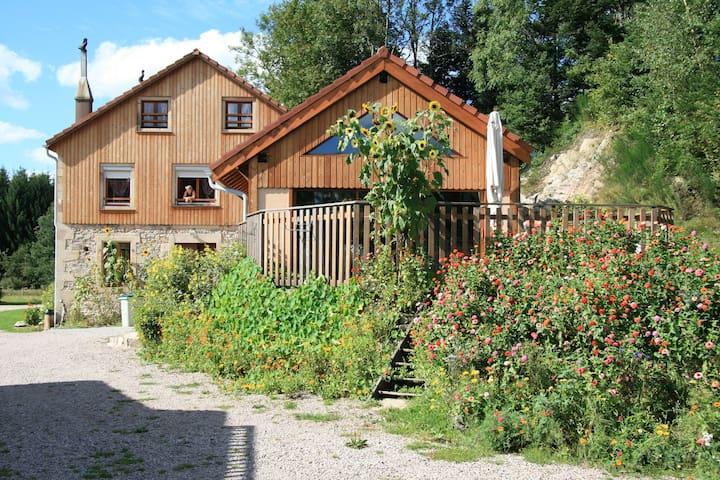 Gîte Gentiane 76 m2 / piscine, spa et sauna