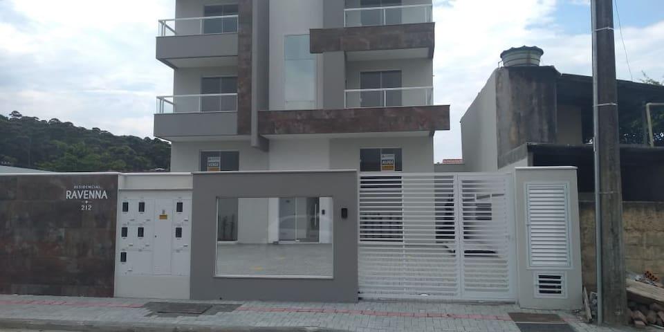 Apartamento temporada em Meia Praia Navegantes SC