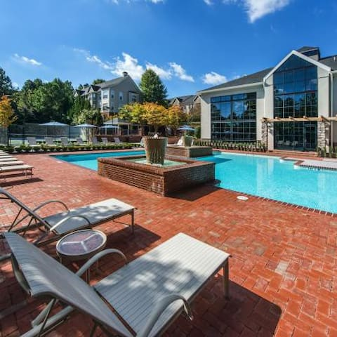 Corporate Furnished 1 Bedrooms Apts in Dunwoody