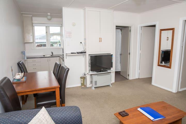 2 Bedroom Motel Unit Sleep 4