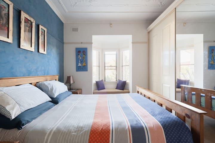 Brighton le Sands, private bedroom & bathroom