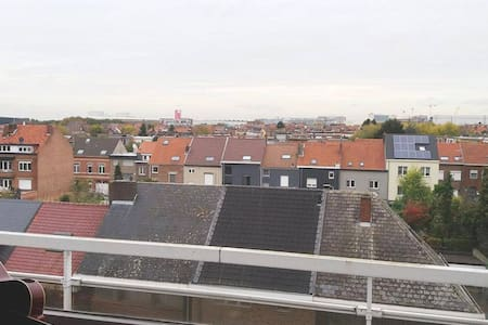 Strategic access to Zaventem Airport and Village. - Zaventem