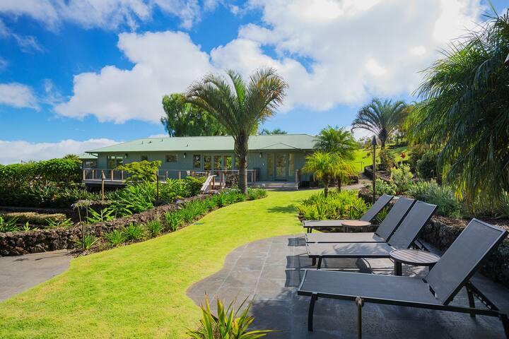 Romantic garden cottage with hottub - Kula - Casa