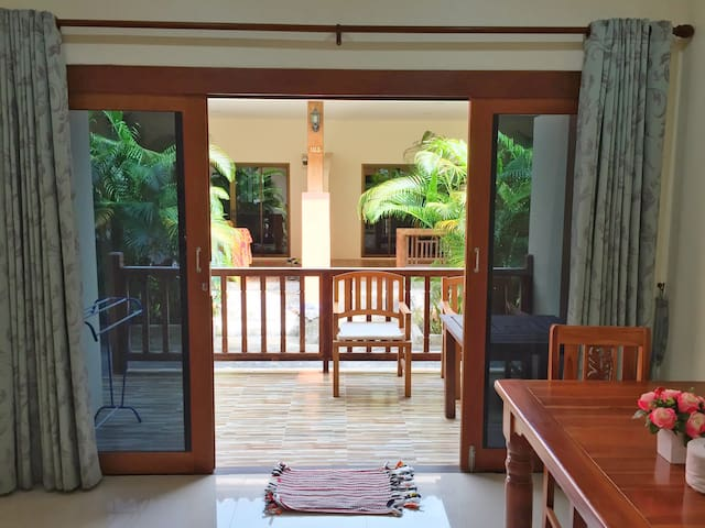 1 bedroom house in Lamai close to the beach