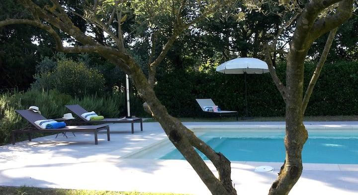 Provence near Avignon/Ventoux, 75m² pool garden