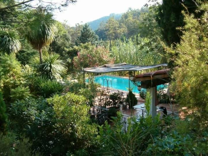 Gîte en pleine nature pour 2 pers Provence Verte