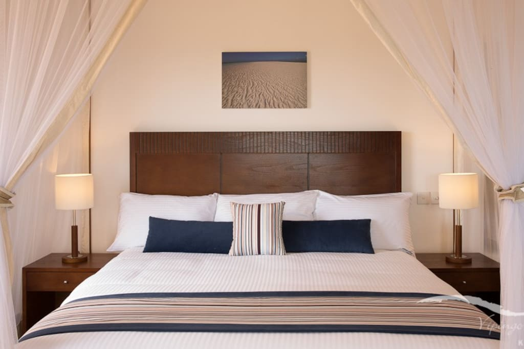 Villa double bedroom - all bedrooms are ensuite