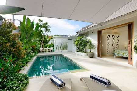 Stylish Tropical Villa, Beachside, Sanur