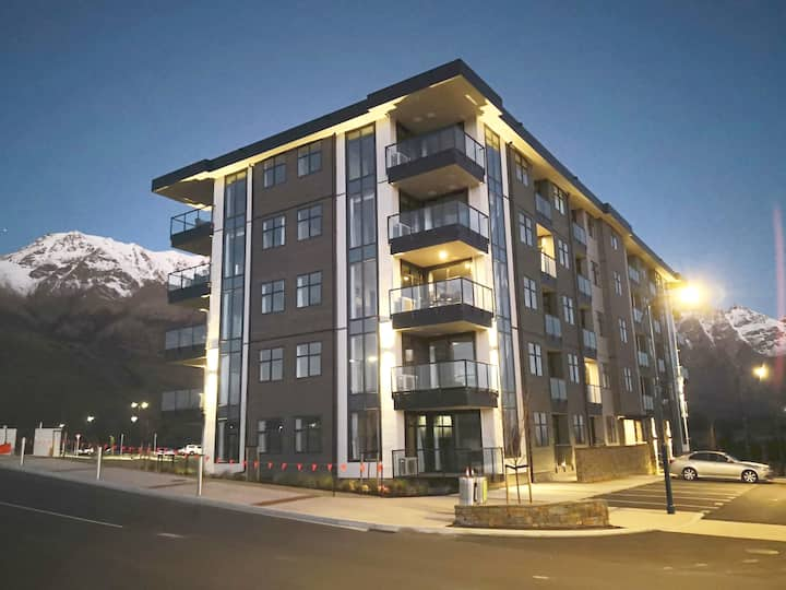 Remarkables Garden Apartments