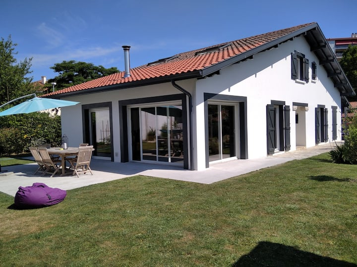 Très belle villa basque moderne