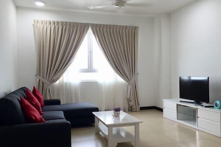 3 Rooms Low Density Seaview Condo (New) - Gelugor  - Lejlighedskompleks