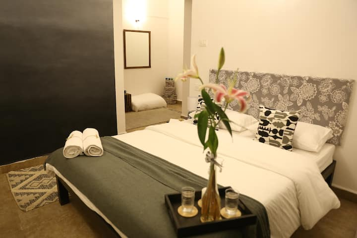 Gray Omber Boutique Room 002- Candolim