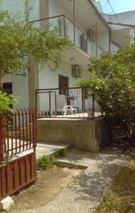Peaceful House in Tribunj