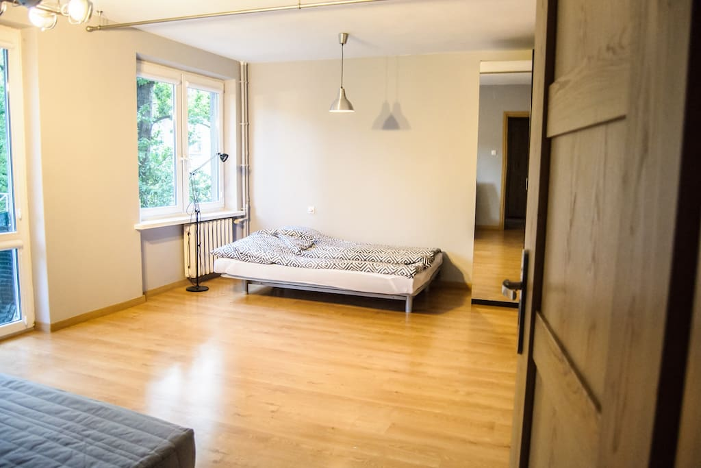 Apartment is very bright and has a lot of space. Even though it is situated in the center of a Town (between Saviour and Konstytucji Square) it is quite and surrounded with trees.