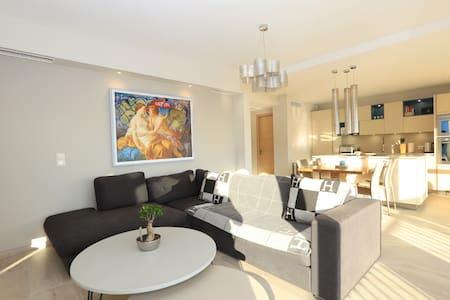 Amazing 1 bedroom flat - Lägenhet