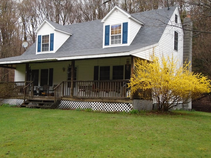 Peaceful 4BD Country Retreat