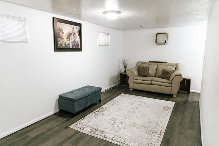 Central Logan Basement Apartment