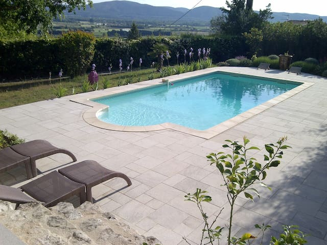 La Garriguette - Villa piscine dans le Luberon