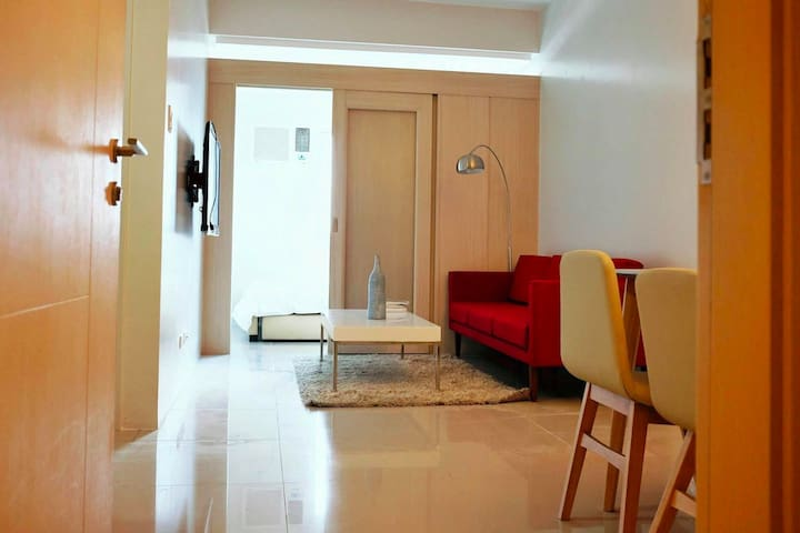 YOUR PRIVATE SPACE IN KATIPUNAN, QUEZON CITY