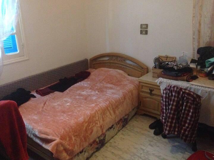 Chambre à l'ariana tunis ,