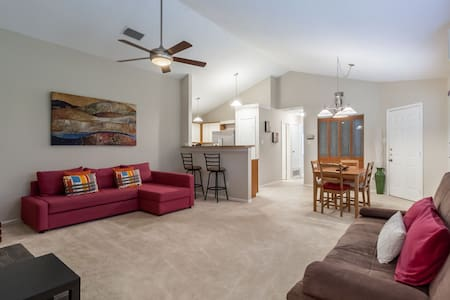 Entire house KING BED! 15 mins from DFW airport