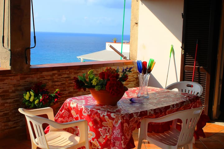 Appartamento Eleonora con Vista Mare - Tropea - Appartement