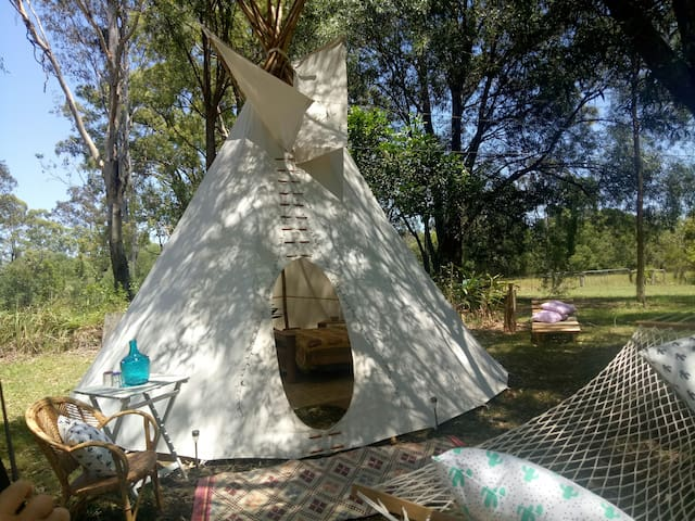 Tipi - Eco Retreat Higher Ground