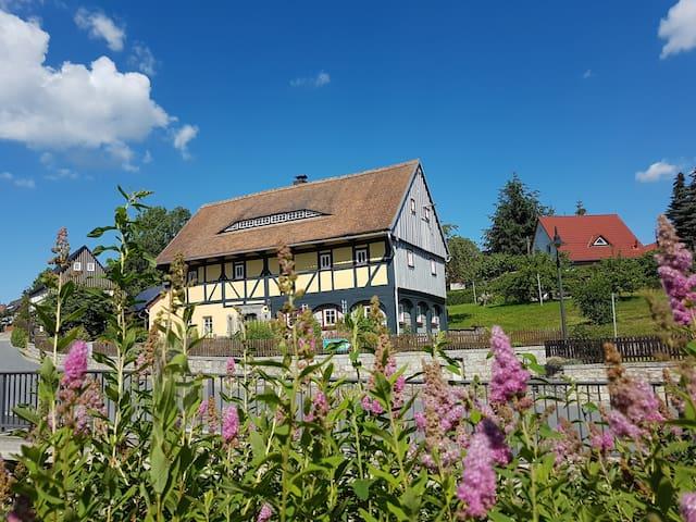 Altes Umgebinde im Zittauer Gebirge