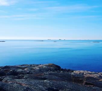 Island flat near sea and nature - Huoneisto