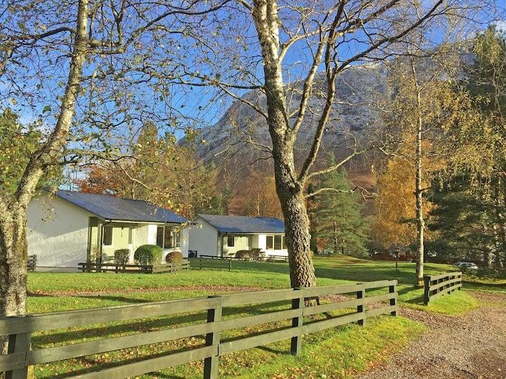 Detached Superking Cottage 11, Glen Nevis