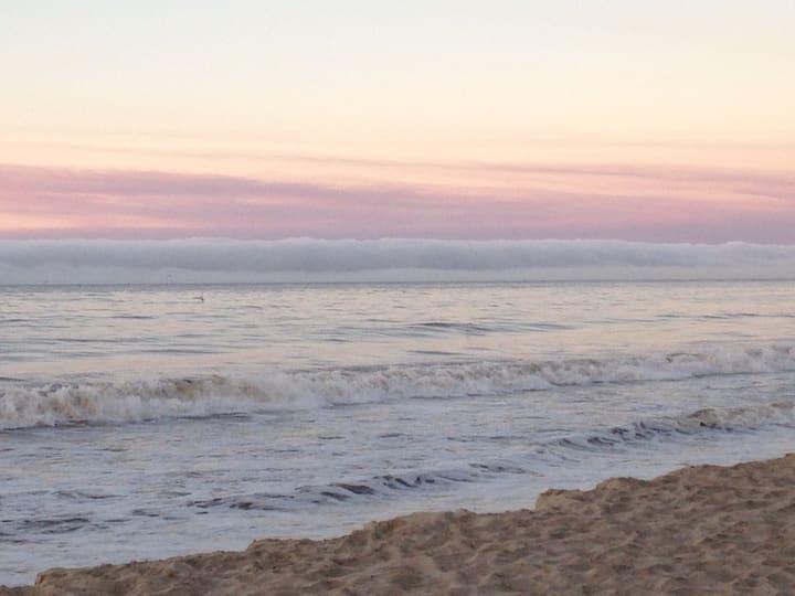 2Bd/2Ba, Full Ocean/Bay View! Private Beach Access