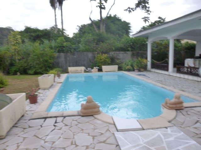 Jolie villa tropicale - Cayenne
