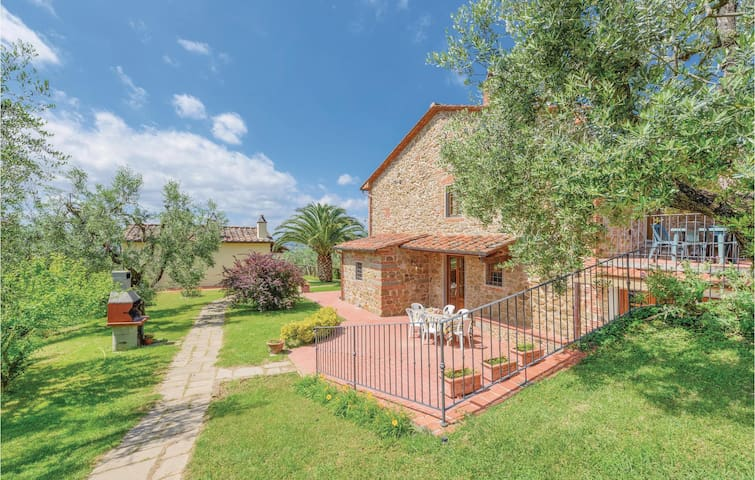 Holiday apartment with 1 bedroom on 65m² in Larciano PT