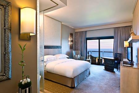 Ocean View Room Layout
