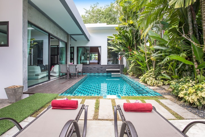 Modernistic⩓2⩓Bedroom Private Pool Villa, near AKA