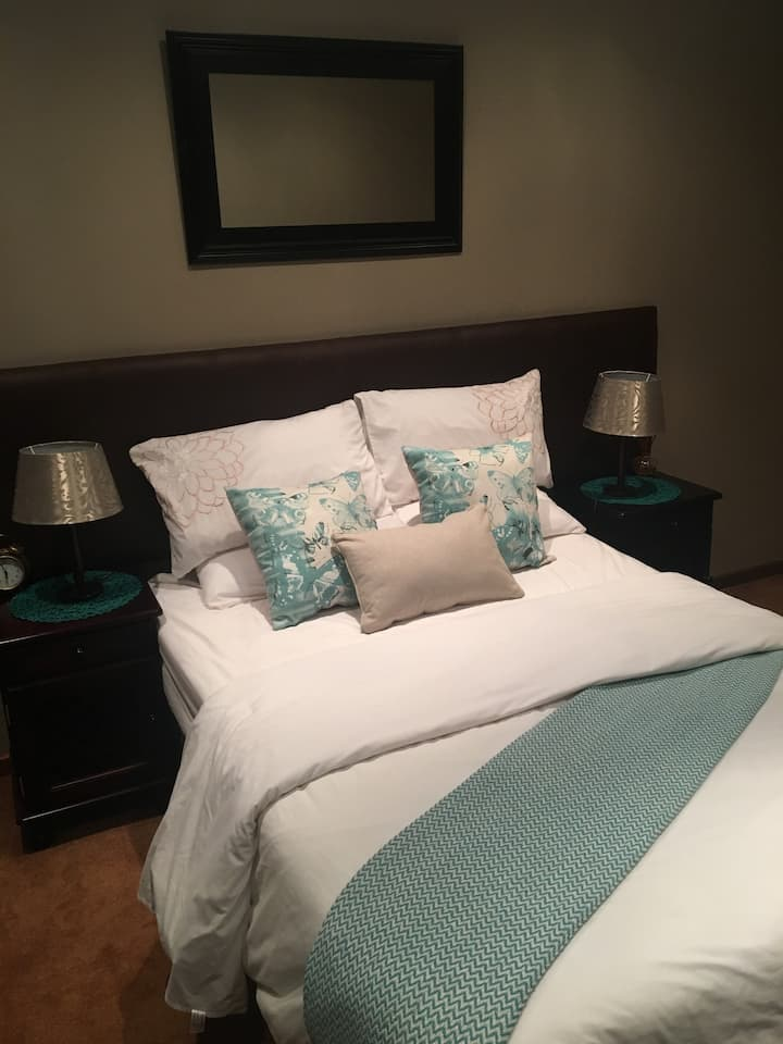 Chloe's Rest - Secure, relaxing stay