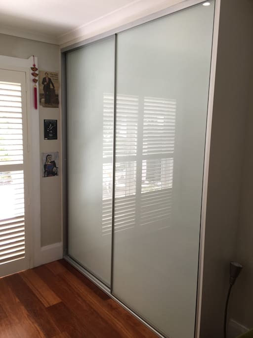 Double built-in wardrobe