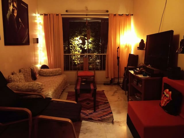 1 living room with BnB - Mumbai - Dům