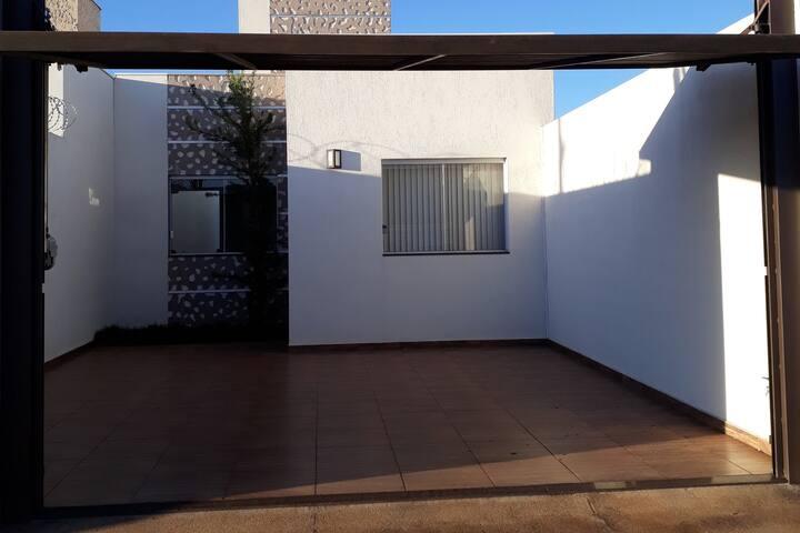 Casa próxima à Capitólio e Serra da Canastra