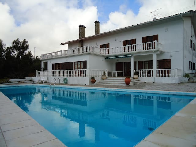 Large Villa with pool and panoramic view