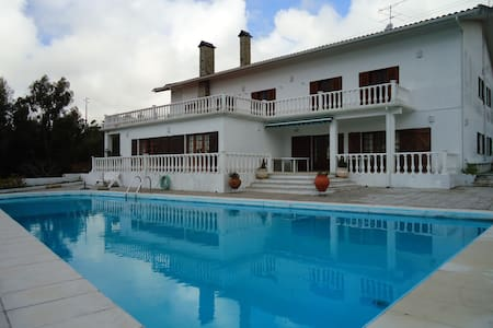 Large Villa with pool and panoramic view - Figueira da Foz