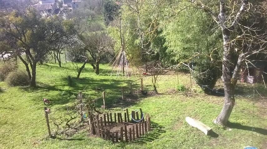 Maison 4 personnes avec jardin à Lavausseau 86470 - Lavausseau - Casa