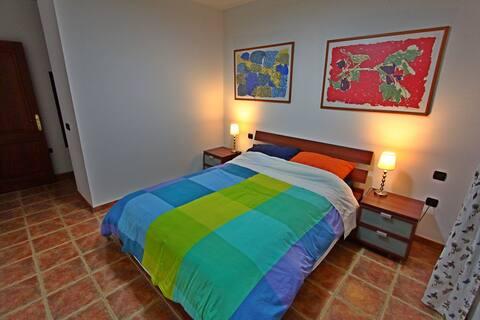 DOUBLE ROOM PRIVATE BATHROOM Casa ESCONDIDA