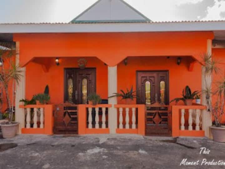 Ruth's Guest House & Vacational Rental Home