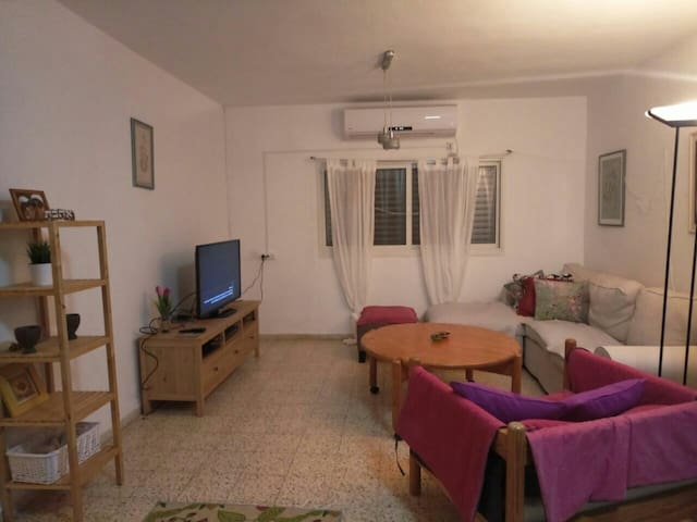 Cosy Bedroom in the heart of Galilee! - Rosh Pinna - บ้าน