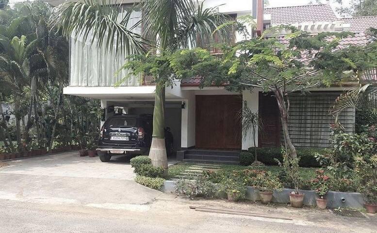 Leela Guest House - Kochi - Kerala