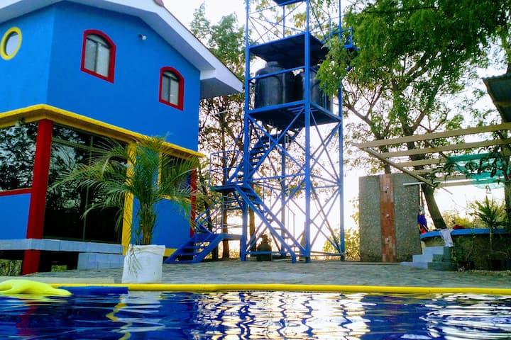 Montes de Ararat - Casa Azul
