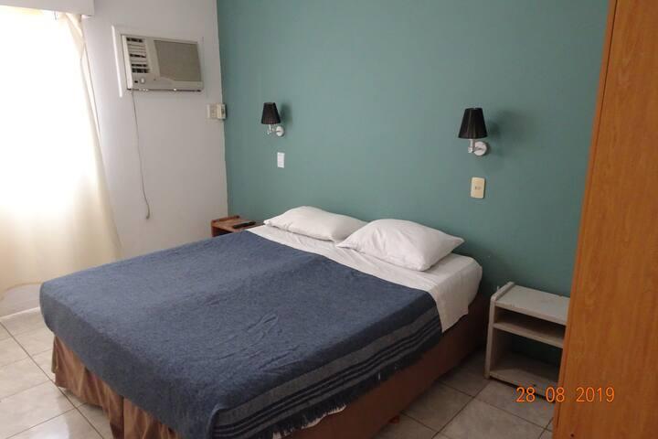 17 Hotel La Gran Manzana, el único en pleno centro